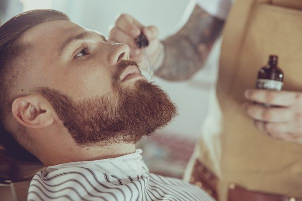 Best Jars and Glass Bottles for Beard Oil Products 1